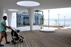 Нов кът за отдих и релакс на крайбрежната алея