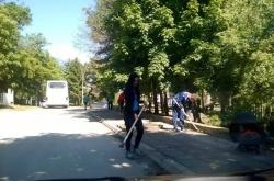 Над 300 души се включиха в традиционното почистване на курорта Св.Св. Константин и Елена